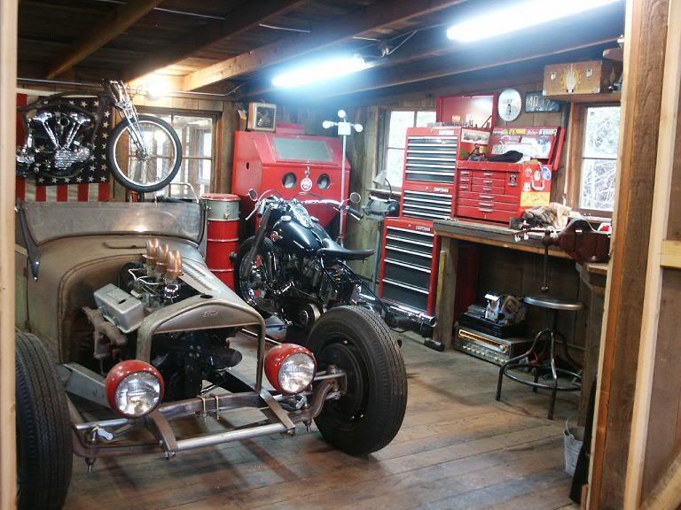vintage garage 1. Black Bedroom Furniture Sets. Home Design Ideas